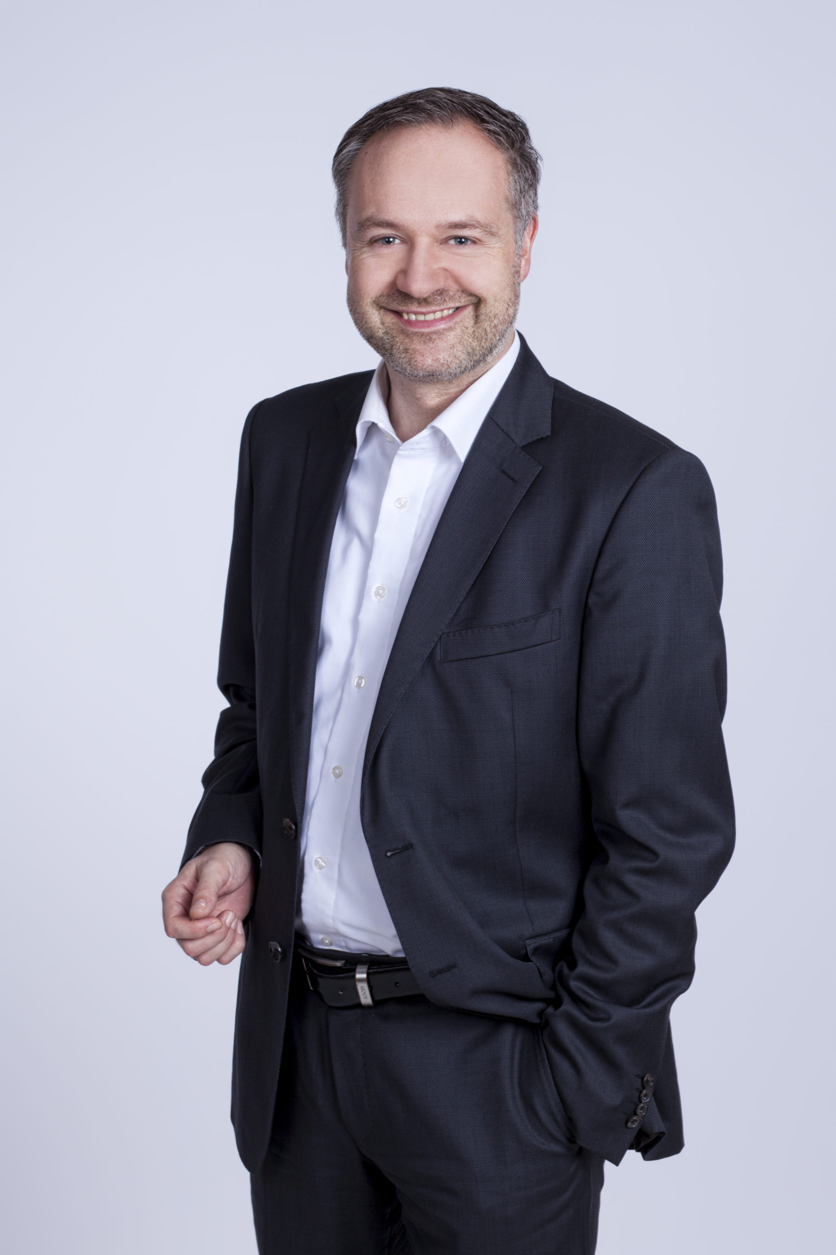 Picture of CEO Elmar Eperiesi-Beck