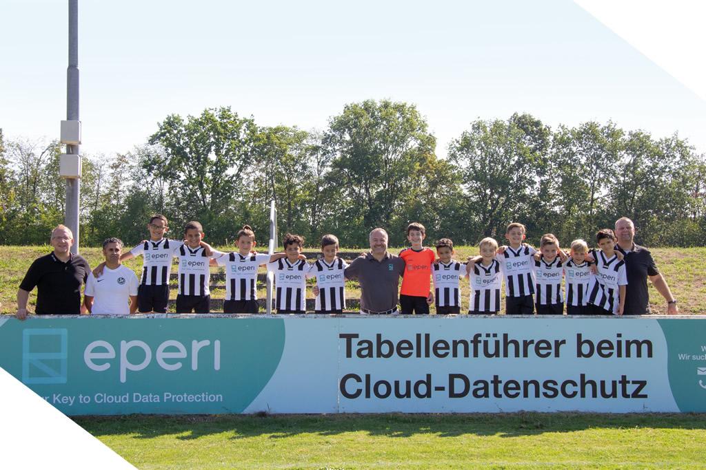 Gruppenbild Werbung Fussballverein